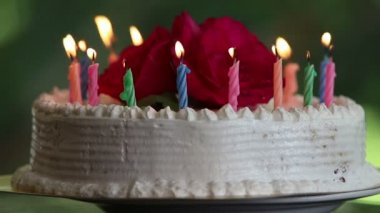 Cake with candles burning — Stock Video