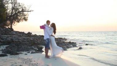 Happy bride and handsome groom — Stock Video