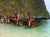 The Beautiful local boats on Phi Phi islands, Thailand — Stock Photo