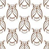 Seamless background pattern with brown owls — Stock Vector