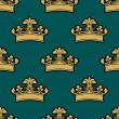 Vintage golden royal crowns seamless pattern — Stock Vector #70124039