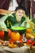 Witch brews a green brew — Stock Photo