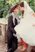 Bride kissing groom, tinted — Stock Photo