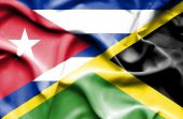 Waving flag of Jamaica and Cuba — Стоковое фото