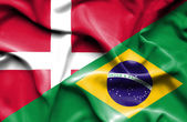 ブラジル ・ デンマークの旗を振っています。 — ストック写真