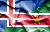 Sventolando la bandiera del Suriname e Islanda — Foto Stock