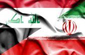 Развевающийся флаг Ирана и Ирака — Стоковое фото