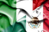 Macha flagą Meksyk i Włochy — Zdjęcie stockowe