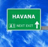 HAVANA road sign against clear blue sky — Stock Photo