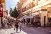 NICOSIA - APRIL 13 : People walking on Ledra street on April 13, 2015 in Nicosia, Cyprus. It is is a major shopping thoroughfare in central Nicosia — Stock Photo