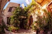 Cozy courtyard in Lefkara (Pano Lefkara) village. Limassol Distr — Stock Photo