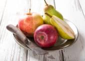 здоровый органических овощей на деревянный стол — Стоковое фото