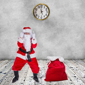 Santa Claus with upraise middlefingers. — Stock Photo