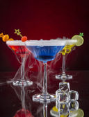 Cocktail with ice vapor on bar desk — Stock Photo