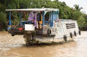 Floating house in Mekong Delta — Foto de Stock