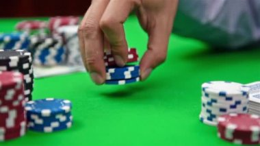 Dealer collects poker chips — Stock Video