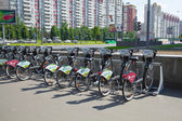 MOSCOW, RUSSIA - JUNE 25, 2015: Bicycle parking and bike rental in town. The action of Sberbank of Russia — Stock Photo