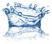 Splash of water in the shape of crown. Clipping paths. — Stock Photo