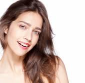 портрет молодой девушки с красивой улыбкой — Стоковое фото