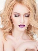 Plum lips, close-up portrait of fashion blonde woman — Stock Photo