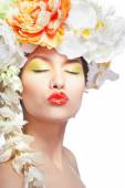 Beautiful and fashion woman with flower wreath — Stock Photo