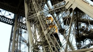 Eiffel tower metal construction. — Stock Video