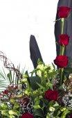 Rode rozen en calla lelie — Stockfoto