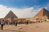 Sphinx and Great Pyramid — Stock Photo
