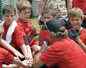 Coaching Little League Baseball — Stock Photo