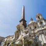 Fontana dei Quattro Fiumi, Piazza Navona in Rome — Stockfoto #61798389