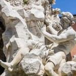 Fontana dei quattro fiumi na placu piazza navona, Rzym — Zdjęcie stockowe #61903679