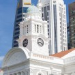 Victoria Theatre & Concert Hall Tower Clock at Singapore — Stock Photo #70522861