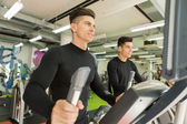 Men training in the gym — Stock Photo