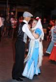 People dancing the chotis dance in Madrid, Spain — Stock Photo