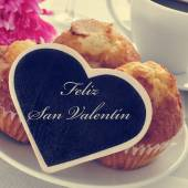 Feliz san valentin, happy valentines day in spanish — Stock Photo