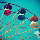 Vintage Ferris wheel, with a retro effect — Fotografia Stock