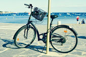 Bicycle in a seafront on the Mediterranean sea — ストック写真