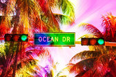 Ocean drive sign and traffic light  — Stock Photo