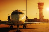 Sunset plane — Stock Photo
