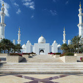View of Sheikh Zayed Grand Mosque — Stock Photo