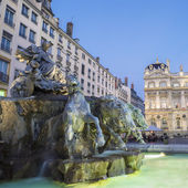 Bartholdi Fountain in Lyon by night — Stock Photo