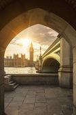 Big Ben through the pedestrian tunnel at sunset — Stock Photo