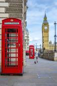 Red phone box with Big Ben — Foto Stock