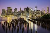 New York City Manhattan downtown skyline at dusk — Stock Photo