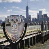 Tourist binoculars at Liberty Island — Stock Photo