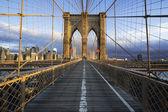 Brooklyn Bridge in Manhattan — Stock Photo