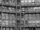 Black and white Robin Hood Gardens London — Zdjęcie stockowe