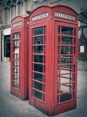 Retro look London telephone box — Stock Photo