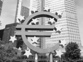 Black and white European Central Bank in Frankfurt — Stock Photo