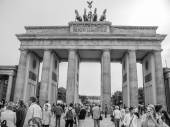 Black and white Brandenburger Tor Berlin — Stock Photo